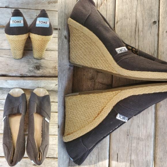 Toms Shoes - Tom's Espadrille black peep toe wedges size 7